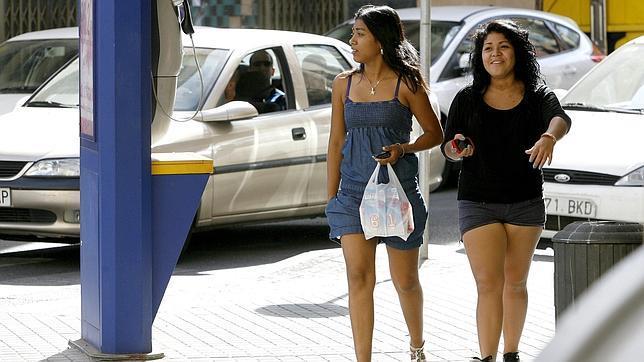 Dos ciudadanas suramericanas en Ciudad Jardín