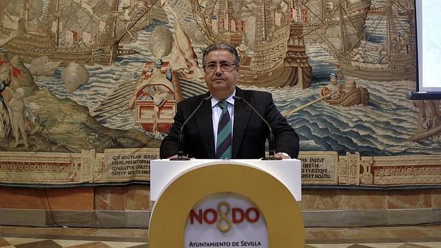 Juan Ignacio Zoido pide que se apueste por los jóvenes