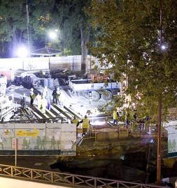 El quiosco afectado por el socavón de las obras del Metro quedará sepultado