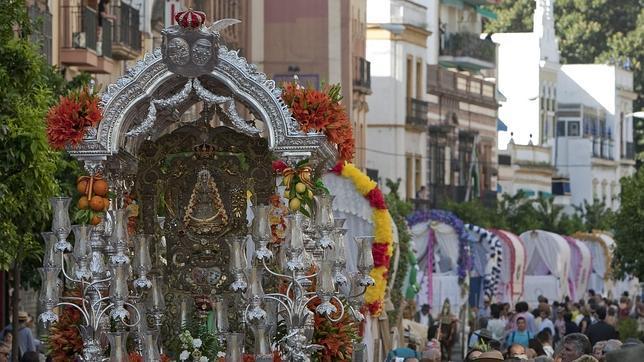Y Sevilla Se Va Al Rocío