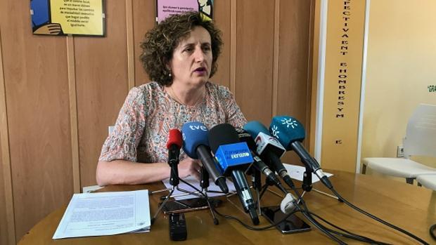 La asesora jurídica de Juana Rivas, durante la rueda de prensa de este miércoles en Maracena