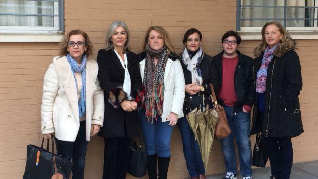 Responsables del PP de Alcalá y de Sevilla han visitado dos de los institutos de la localidad