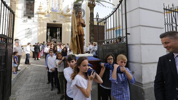 Los centros públicos denunciados por Andalucía Laica están en Huelva, Cádiz y Sevilla
