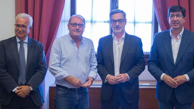 Jiménez Barrios, Cornejo, Villegas y Marín, este lunes en la reunión
