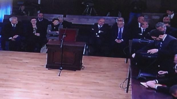 Chaves, Griñán y los demás imputados en el «banquillo»