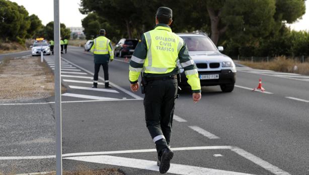 Imagen de un dispositivo especial de la Guardia Civil de Tráfico