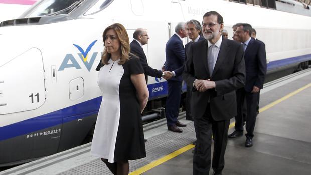 La presidenta de la Junta, Susana Díaz, y el presidente del Gobierno, Mariano Rajoy