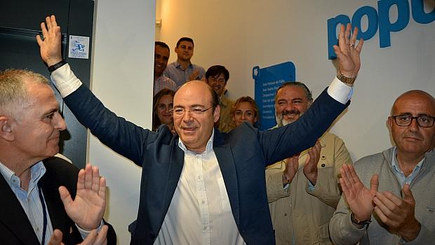 Sebastián Pérez, tras vencer en el congreso que ahora ha sido anulado por la Justicia