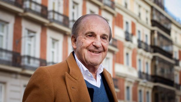 El periodista José María García asistirá a Guadix el 22 de marzo para recoger el premio.