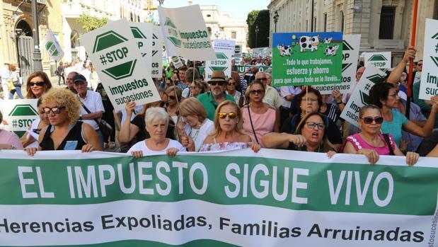 Manifestación contra el impuesto de sucesiones en 2017