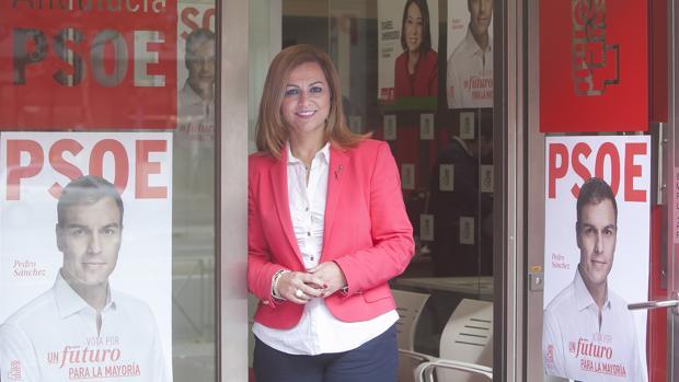 Serrano durante la campaña electoral de las generales de diciembre de 2015