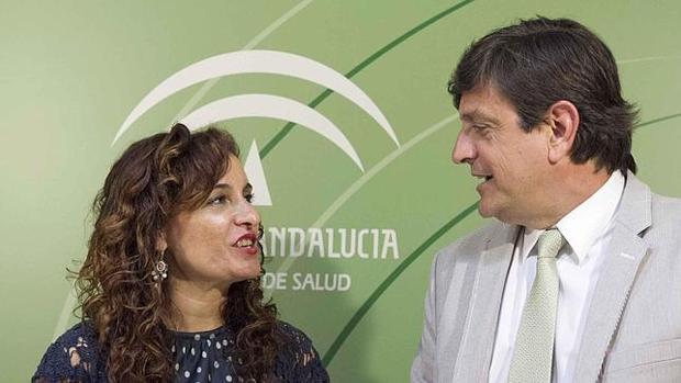 María Jesús Montero y José Luis Gutiérrez, en una imagen de archivo