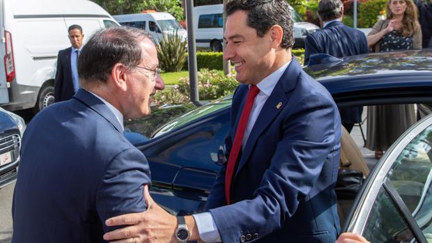 El presidente de la Junta, Juanma Morneno, este miéroles en Marruecos