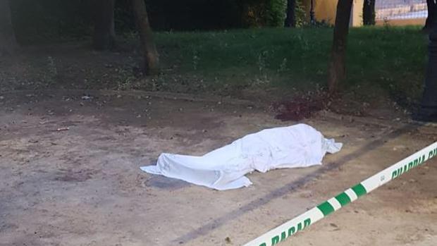 Cadáver del hombre asesinado en Granada