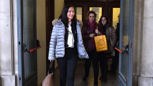 La jueza María Núñez Bolaños, a su salida de los juzgados