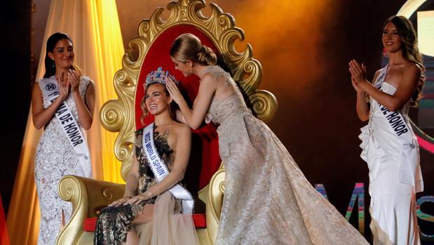 Coronación de la cordobesa como nueva Miss World Spain