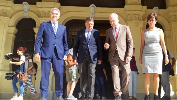 El ministro Planas y el alcalde ha fijado los detalles en Málaga