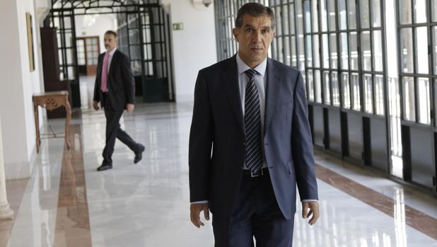El presidente del Tribunal Superior de Justicia de Andalucía, Lorenzo del Río en una visita institucional al Parlamento andaluz en junio de 2018