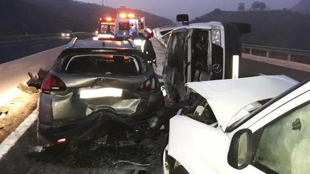 Varios vehículos se han visto implicados en el accidente en la AP-46 en Málaga