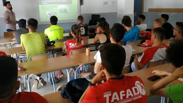 Alumn os del Grado Superior en Enseñanza y Animación Sociodeportiva (TAFAD)