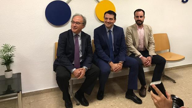 Díaz, Bellido y Ángel Herrador, en la inauguración