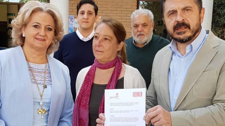 Comienza a aflorar la suciedad de la Junta andaluza: aparecen 18 tarjetas 'black' de la 'administración paralela' Compra-votos-psoe-granada-kcbG--1240x698@abc