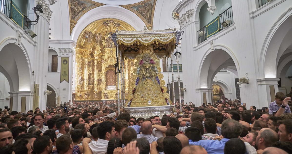 Coronavirus En Andalucía Suspendidos El Traslado De La Virgen Y La Romería Del Rocío