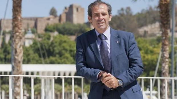 El decano de los abogados de Málaga, al Juzgado por negarse a asistir a los detenidos sin medidas anticovid