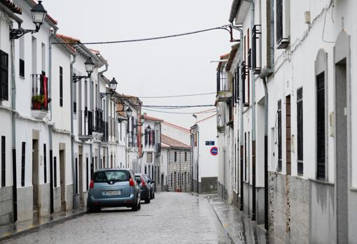 Calle desierta en Añora el viernes 8 de enero
