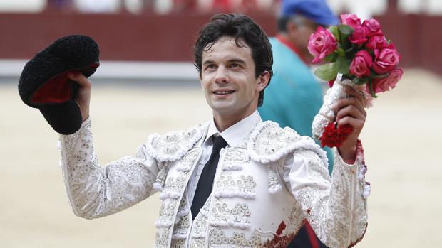 Juan del Álamo, con su terno blanco y plata, el pasado 8 de junio de en Las Ventas
