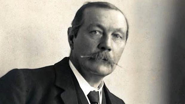Sir Arthur Conan Doyle, en un retrato de juventud