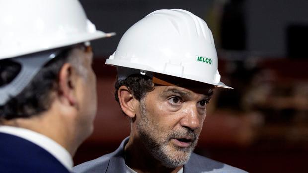 Antonio Banderas, durante su visita a las obras del teatro que proyecta en Málaga