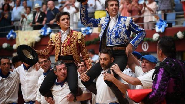 Pablo y Guillermo Hermoso de Mendoza salen a hombros en San Sebastián