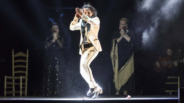 Farruquito sobre el escenario