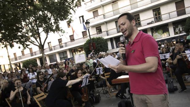 Un momento del concierto de la ROSS en la Plaza Nueva este martes