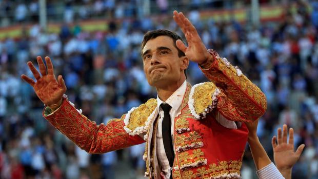 Paco Ureña, por la Puerta Grande, ha sido declarado triunfador de la feria