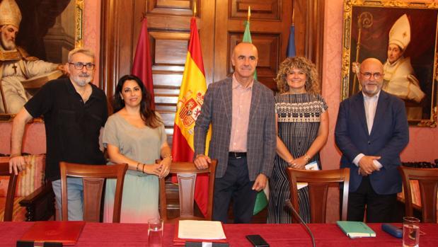 Javier Paisano, Lourdes Palacios, Antonio Muñoz, Pilar Querol y Carlos Rosado este martees