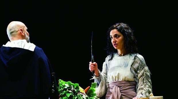 Una escena de «La lengua en pedazos», en el montaje de la Compañía Nacional de Teatro de México