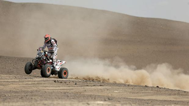 Kees Koolen en su quad durante el Dakar 2018