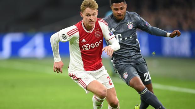 Frenkie De Jong, en un partido de Champions con el Ajax