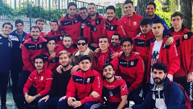 Técnicos y jugadores de la EF Concepción, conjunto madrileño de Preferente