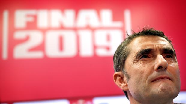 Ernesto Valverde durante la rueda de prensa previa a la final
