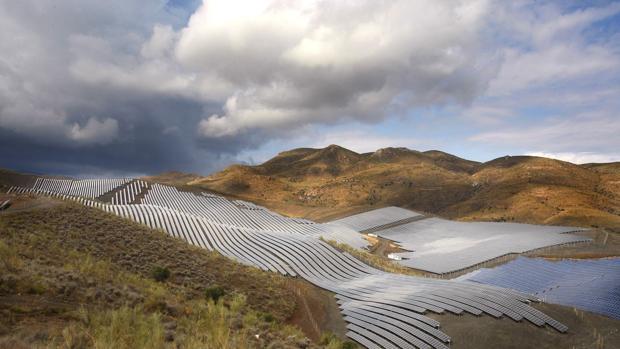 Imagen de una instalación fotovoltaica en Almería