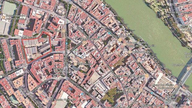 Imagen del solar en el que se ubicará esta promoción, en la calle Tejares