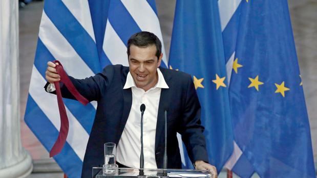 Tsipras, la semana pasada celebrando el alivio de la deuda del país