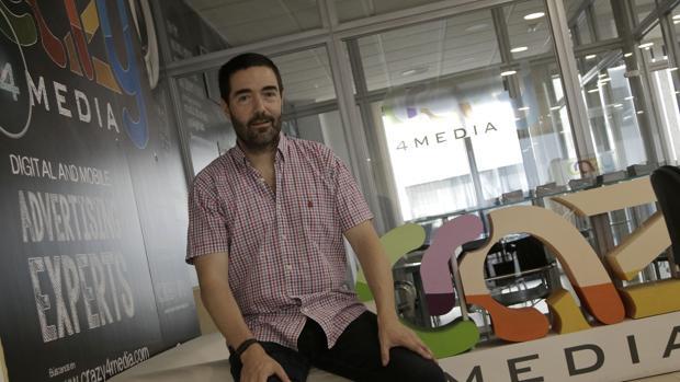 Tom Horsey, fundador de Crazy4media, en la oficina de Torneo Parque Empresarial