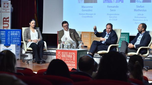 Macarena González (Crazy4Media), Fernando Seco (Cesur), Stefan Mathesius (IDEA) y Alberto Moratiel (Enisa)