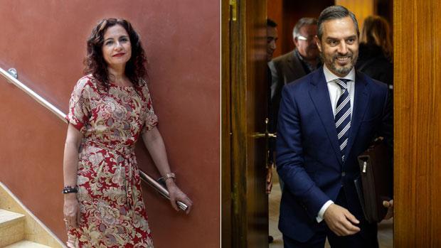 María Jesús Montero, ministra de Hacienda y exconsejera de Hacienda -a la izquierda- y Juan Bravo, actual titular de Hacienda en la Junta de Andalucía