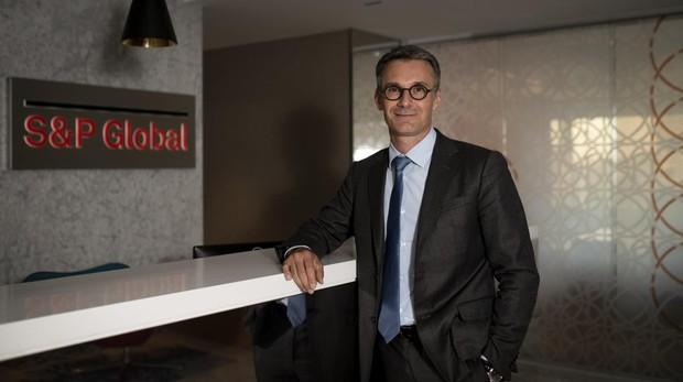 El economista en la sede de Madrid de Standard and Poor's
