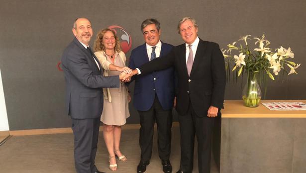 El bufete Roca Junyent entra en Andalucía de la mano de Gaona y Rozados Abogados